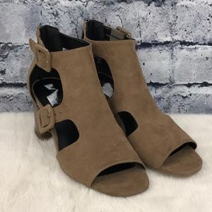 Indigo Rd. Chunky Heeled Sandals 08460